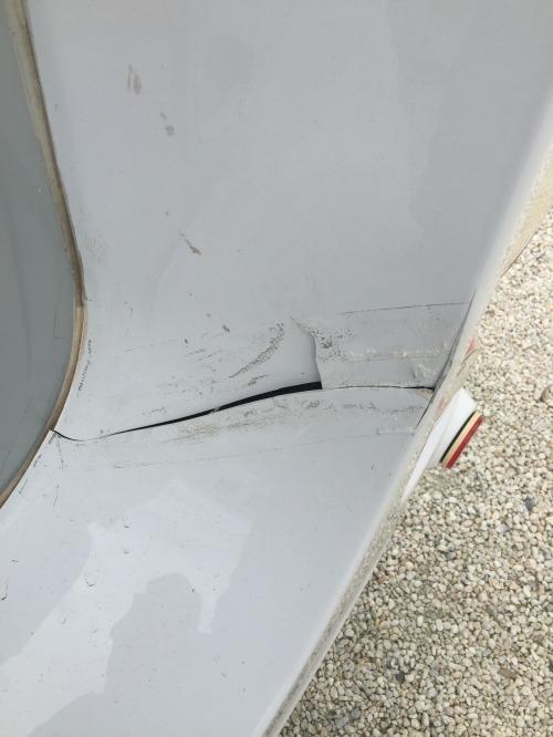 Caravan fibreglass crack before